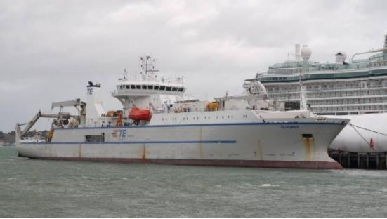 boat which is laying new internet cable to new zealand